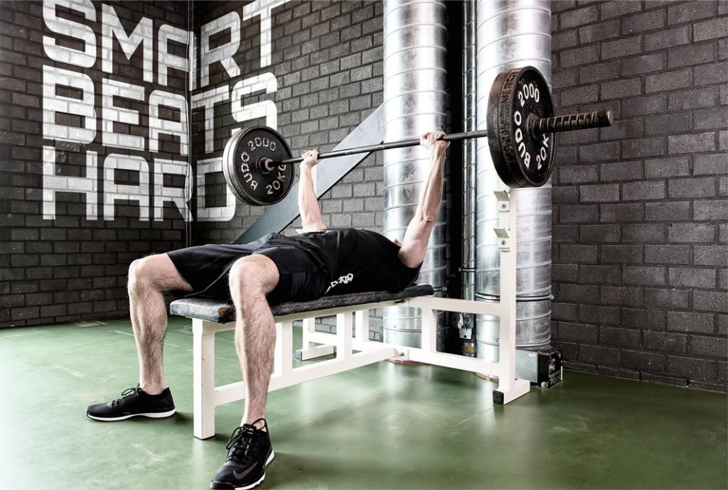 5 beste borst oefeningen - bench press webinar