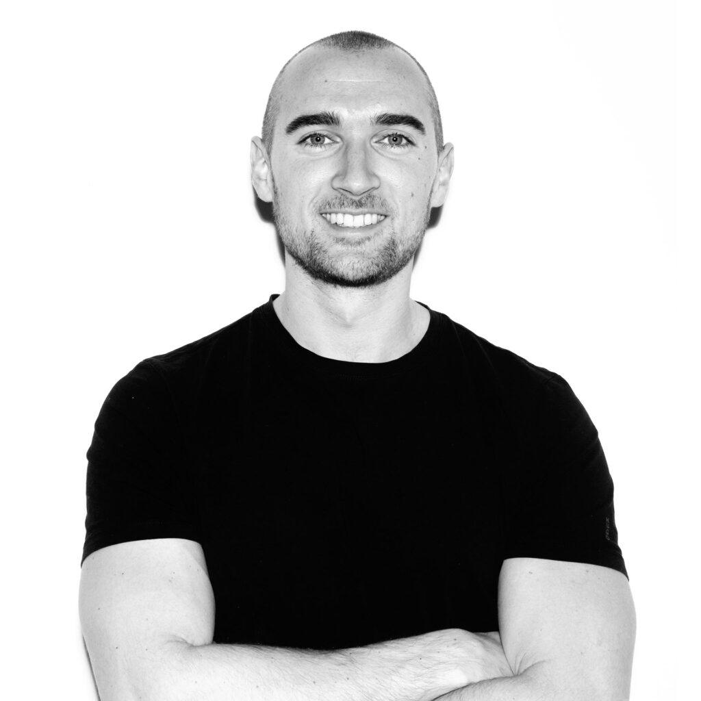Sander Kers - bewegingswetenschapper - online coaching en sparren voor serieuze krachtsporters