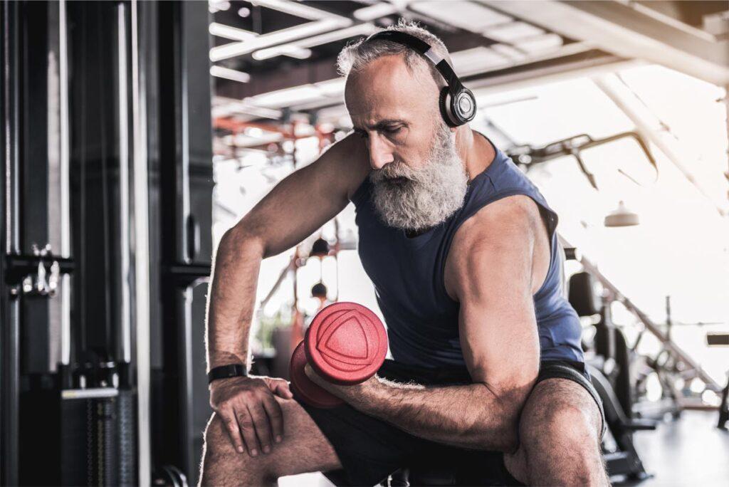 meer eiwitten eten voor spiermassa als je ouder bent